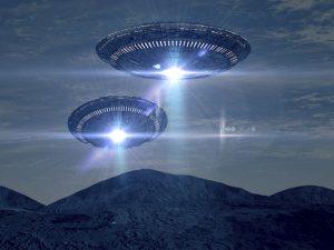 MI-UFOs-spaceships-mountains