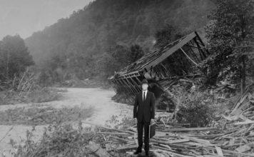 The Man in Black at Austin Dam Flood