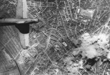Hamburg bombing, plane