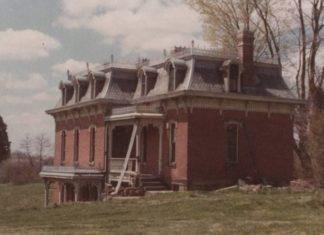 Mudhouse Mansion