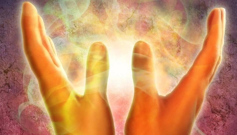 Aura hands