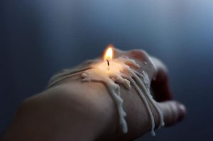 Hand candle cleansing