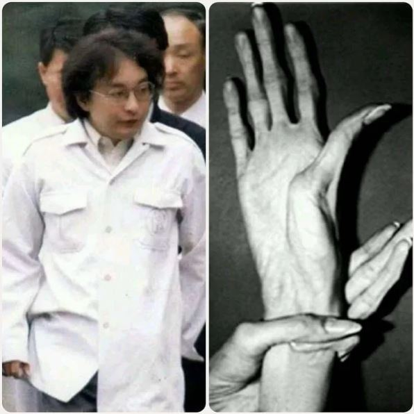 Miyazaki Tsutomu hands